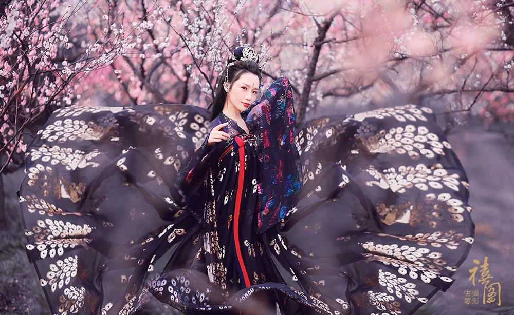 禧阁祝:仙女节快乐